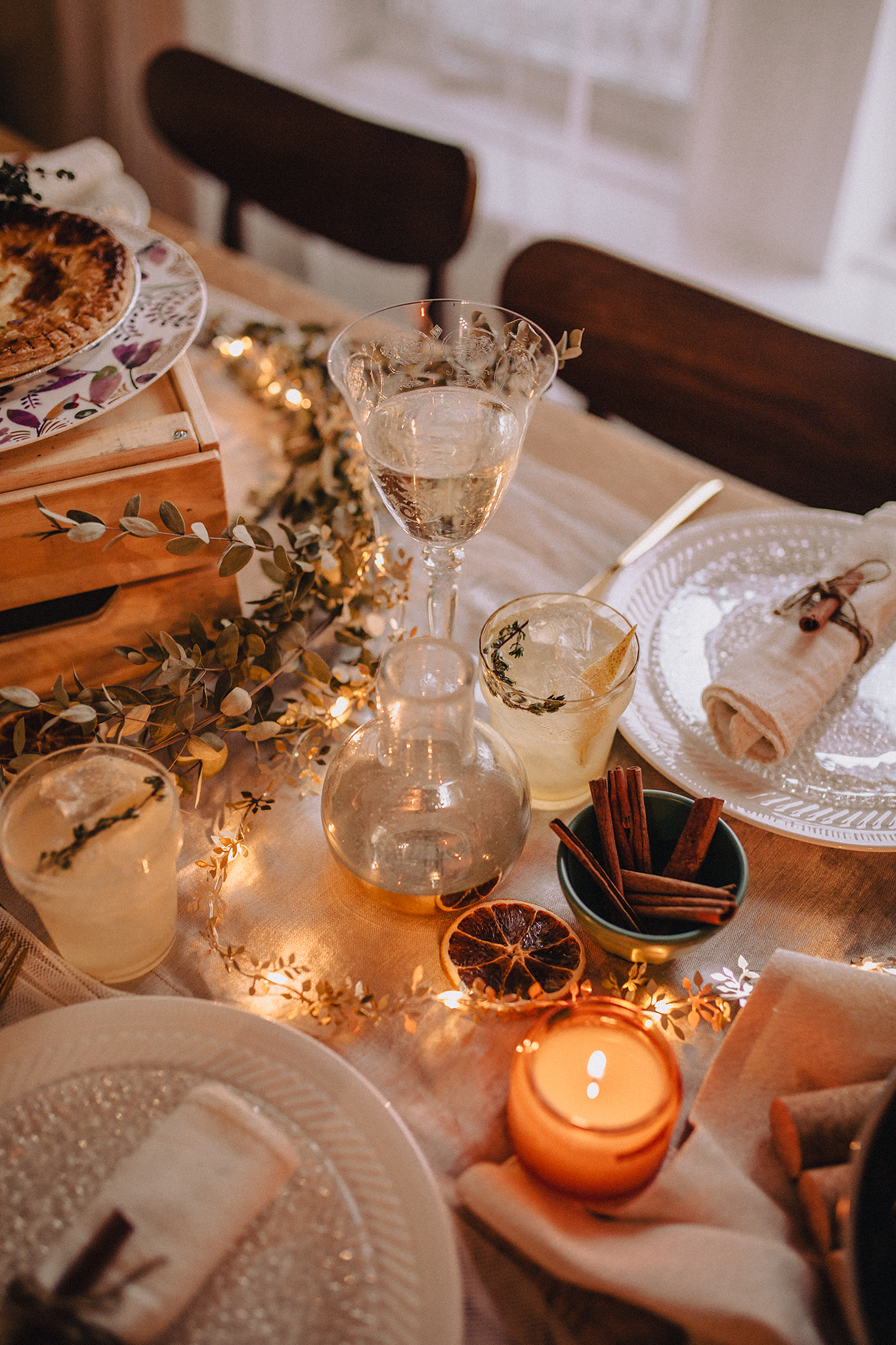 Christmas Table Ideas on a budget | In collaboration with 1 ou 2 Cocktails