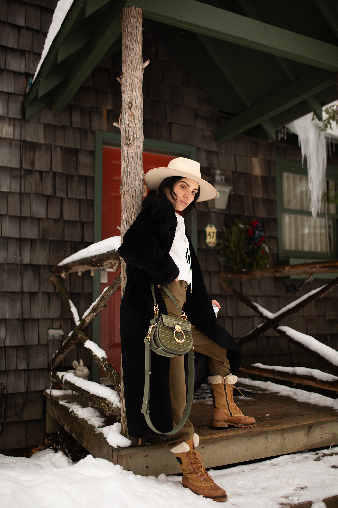 What a fashionista should pack for a winter weekend getaway
