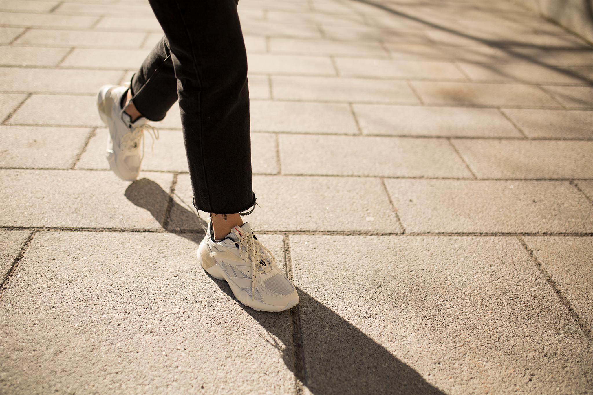 How to Style the Reebok Aztrek Double Mix Sneakers